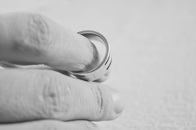 Divorce Petitions Rarely Alter 3rd Party Rights